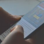 how to stop someone from tracking your text messages